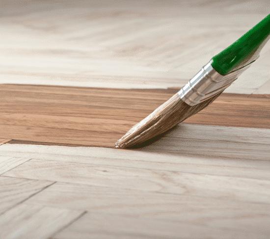 Impregnanti e vernici per legno